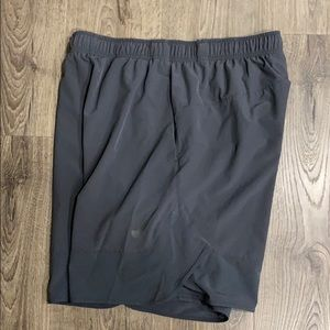 Nike training shorts XL